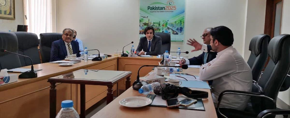 Briefing on CPEC Projects to Minister PD&R 20-08-2018