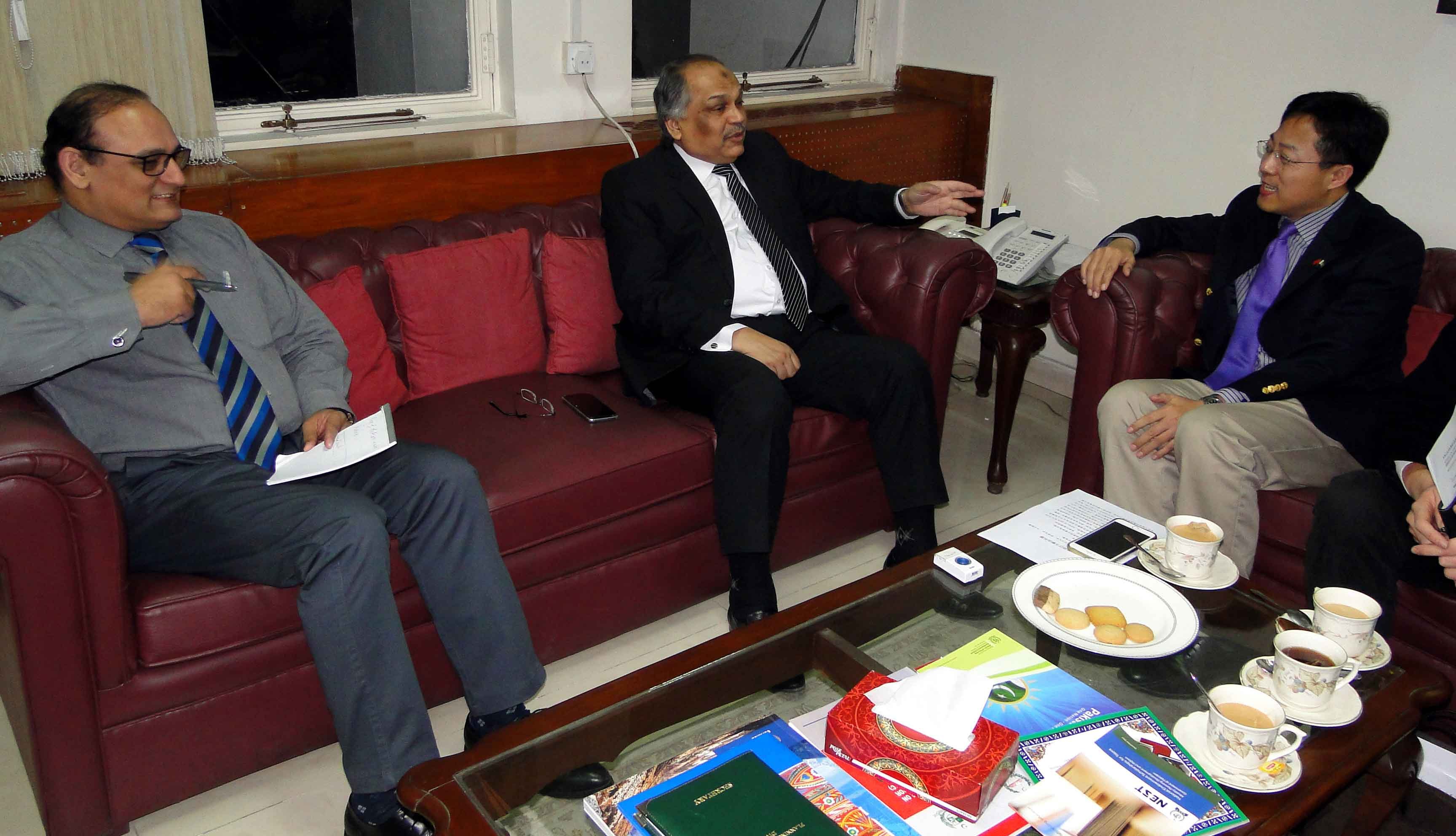 Deputy Chief of Mission Chinese Embassy called on the Secretary PD&R